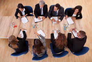 理事会の開催通知の案内状の書き方 文例・テンプレートつき