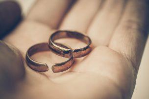 離婚報告の手紙の書き方|文例つき