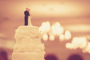 結婚式を欠席するお詫び状の書き方|文例つき
