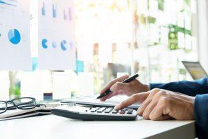 請求金額間違い・請求書誤記へのお詫び状の書き方|文例つき