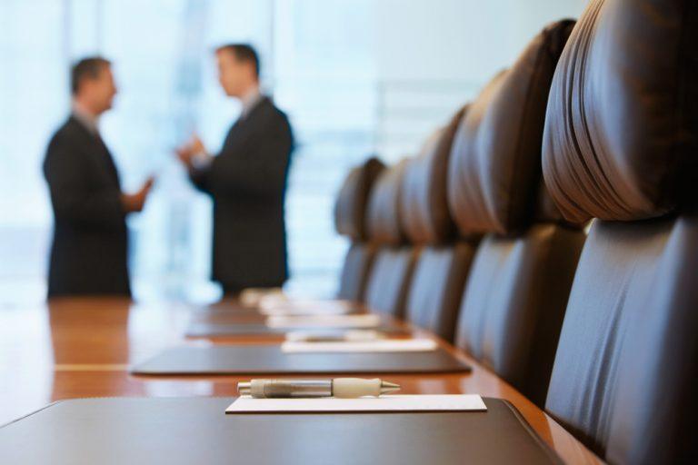 役員退任の挨拶状の書き方|文例つき