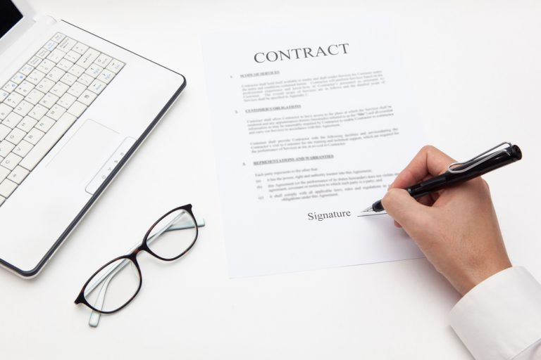 契約書の手続きの催促メールの文例