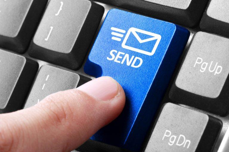 資料送付・書類送付の案内メールの例文集