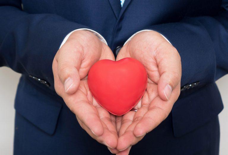 「ご自愛ください」の使い方|ビジネスメールの例文・返信・類語・言い換え表現まとめ
