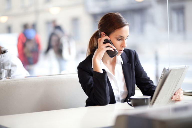 「お忙しいところ恐れ入りますが」の意味・使い方|ビジネスメール・電話の例文つき