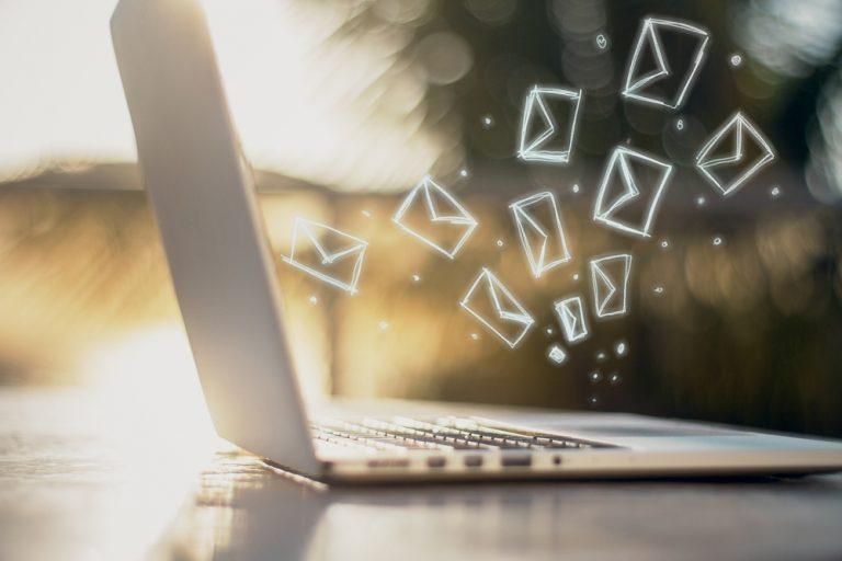 「お忙しいところ」の意味・使い方|メール例文・類語・言い換え表現まとめ